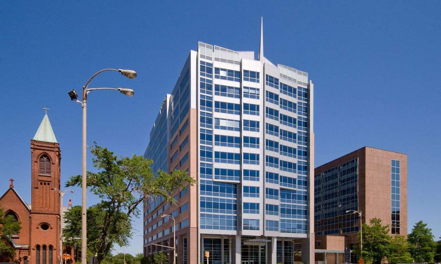 05-070 II-City-Plaza MG 7192