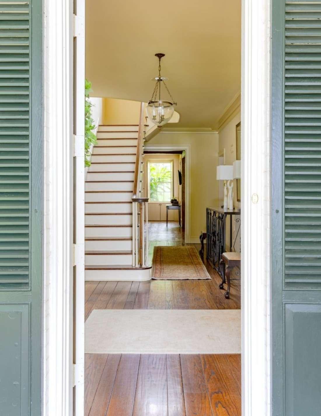 Interiors entry 791x1024
